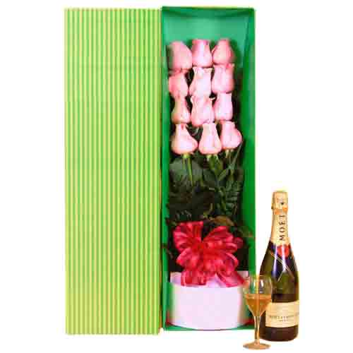 Cherished Gift Pack of Roses Arrangement with Champagne