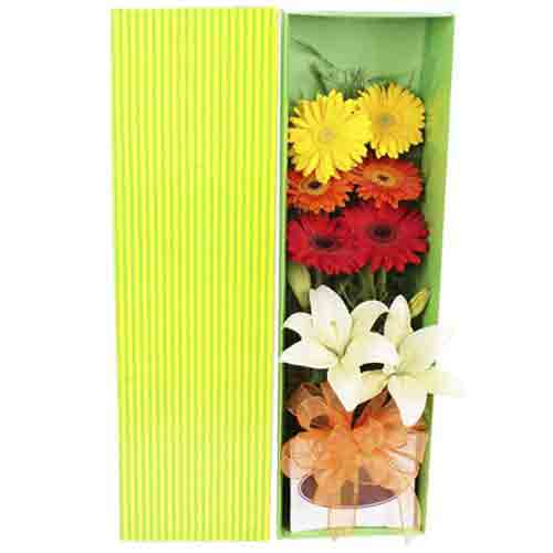 Aromatic Pure Passion Bouquet of Lilies N Gerberas