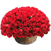 Classically Styled Basket Arrangement of 100 Red Roses<br>