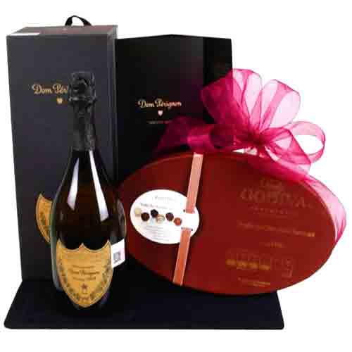 Provocative Champagne N Chocolate Delight Gift Combo