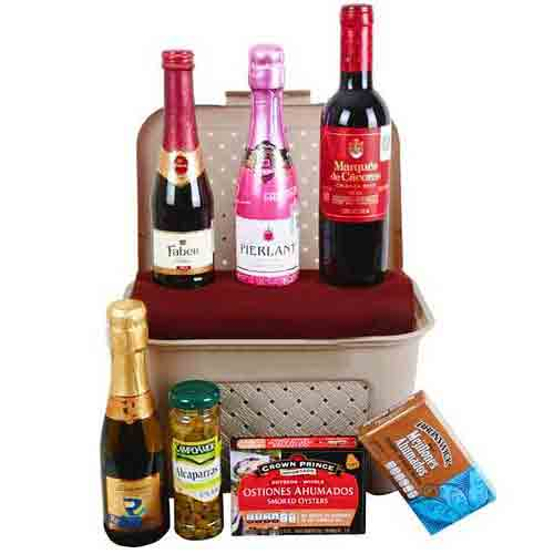 Classic Gourmet Assortments with Wine Gift Hamper