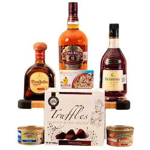 Happy Hour Gourmet N Whisky Combo Gift Basket