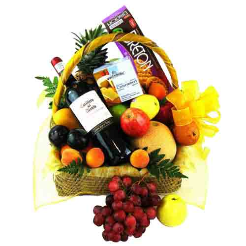 Special Gift Hamper of Fruits, Gourmet and Wine Delights
