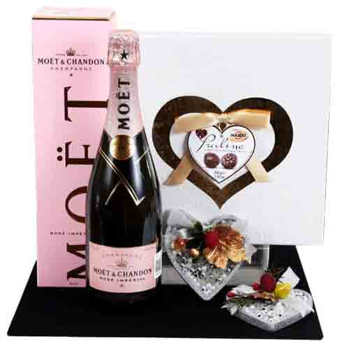 Treasured Chocolate N Champagne Gift Pack