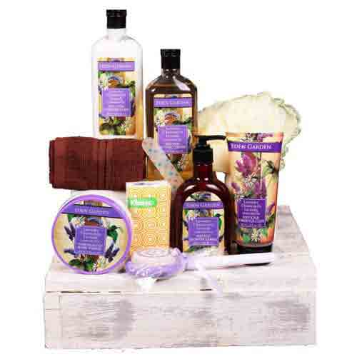 Luxurious Hamper of Skin n Body Care Products