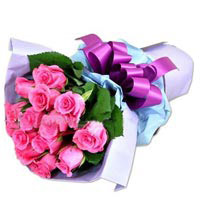 Bouquet of 12 Pink Roses